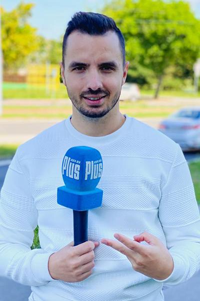 Moderátor Matej Martinček moderuje pre Plus Jeden Deň